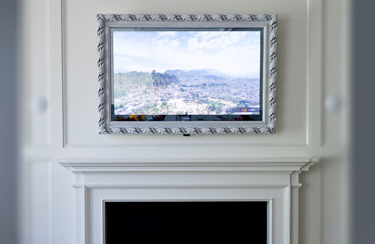 Framed Vanishing Mirror Tv Lumidesign
